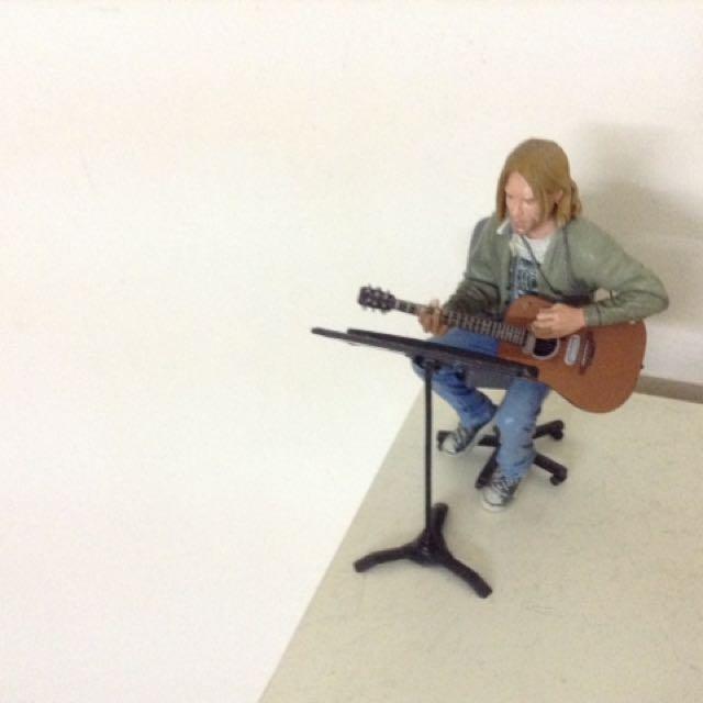 Kurt cobain waxing figure