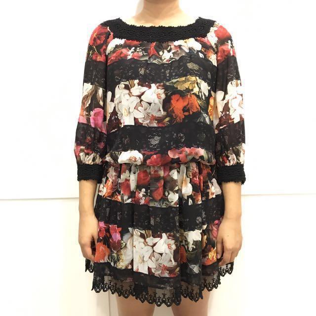 Laicarfore 萊卡佛 黑色花漾雪紡微透蕾絲洋裝 七分袖。M Size    #幫你省運費