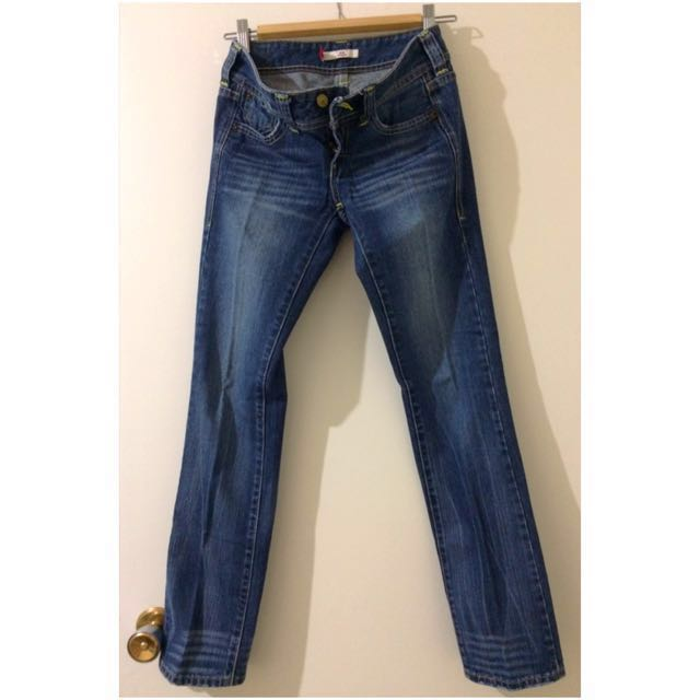 Levi's 'Eve' Low Waisted Straight Jeans
