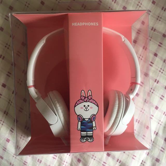 line 兔兔頭戴耳機
