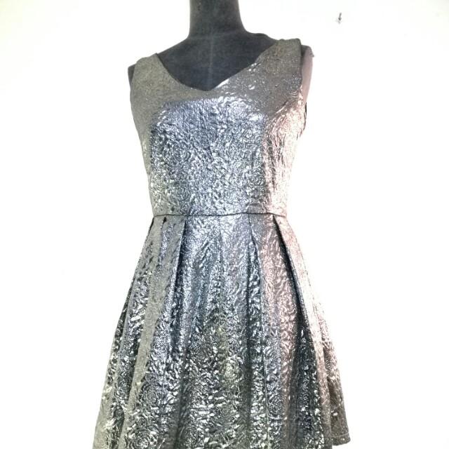 Lulu Frock in shiny silver  6 8 10 suit short girl