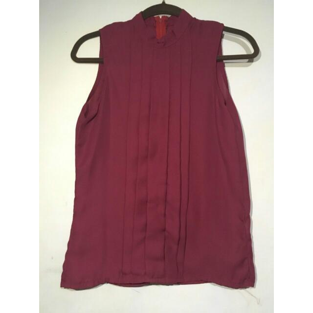 Maroon Sleeveless Top