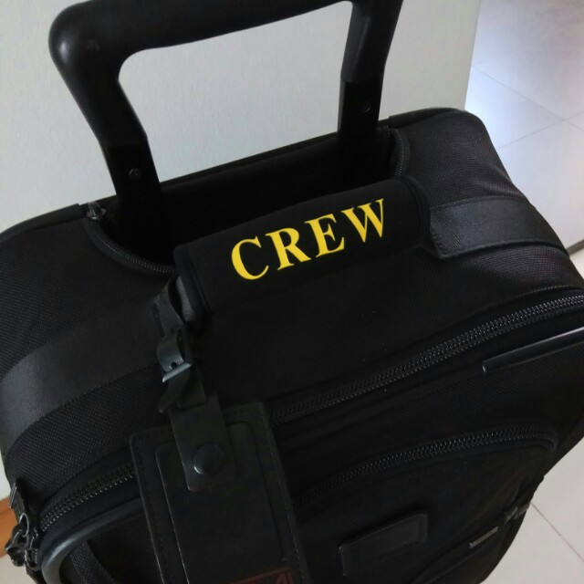530518a31e8d Learn These Crew Luggage Handle Wrap {Swypeout}