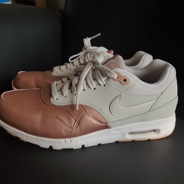 974b9a8b7879 Nike Womens Air Max 1 Ultra Bone Light Bone-Metallic Red Bronze ...