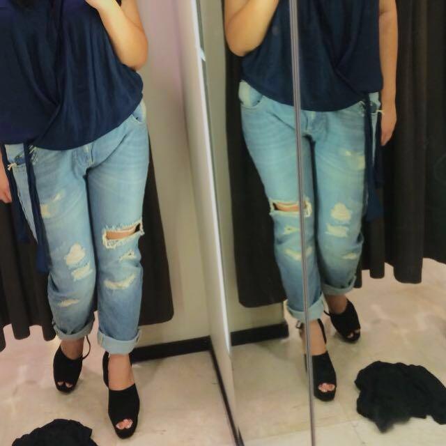REPRICE ZARA Ripped Boyfriend Jeans