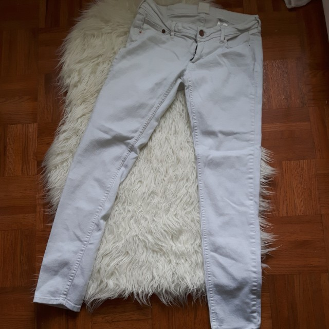 H&M white jeans Size 28/30