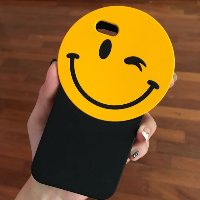 Smiley Face IPhone 6 Casing