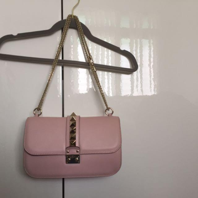粉色近全新Valentino 真皮包(原價近6萬)