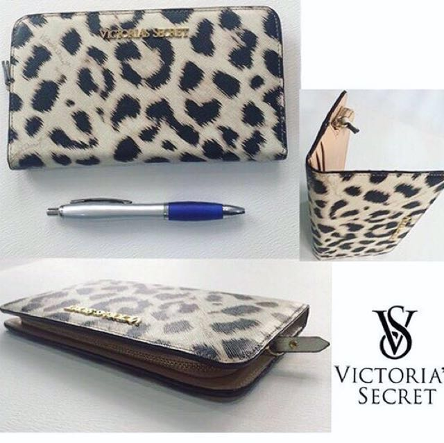 Victoria's Secret Wallet Original