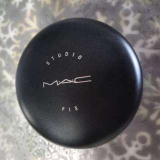 Authentic Mac studio fix highlighter -Price reduced