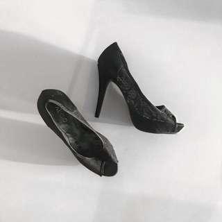 Aldo Black Lace Peeptoe Heels - Size 7.5