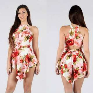 Floral Romper #greatdeal Available in S, M, L