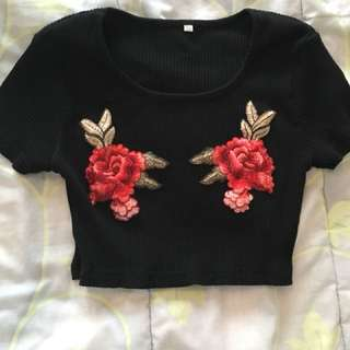 Rose detail woven crop top