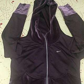 Authentic crop Nike Jacket