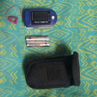 💞Pulse oximeter with free batteries