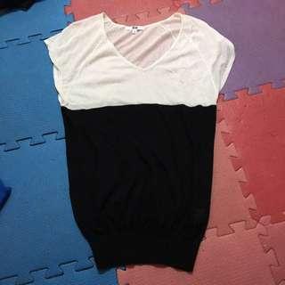 🚚 UNIQLO/size:L/黑白細針織上衣