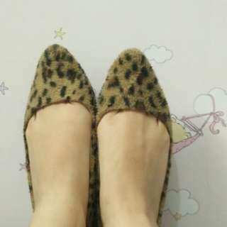 Sepatu Girl On The Go