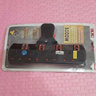 4-3PinPlug OutletAdapter 3000w