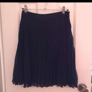Portmans pleated Skirt size 6