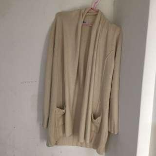 百貨公司日系品牌young針織外套罩衫