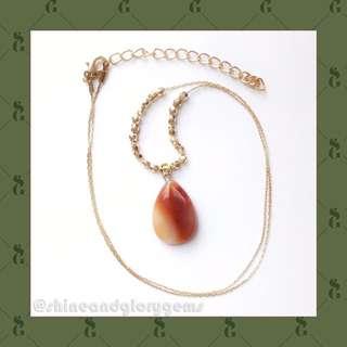 Kalung simple golden chain dg batu agate asli bentuk tetes air teardrop merah putih