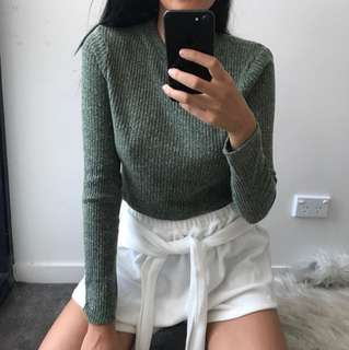 ⚡️ green sleeve top