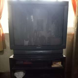 Vintage Sony Trinitron 40 inches color tv