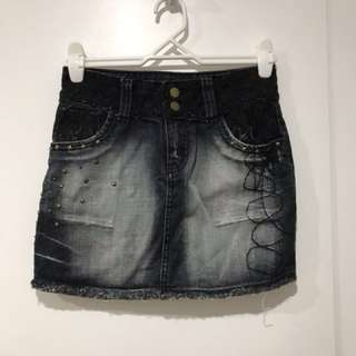 Black denim skirt (size 8)