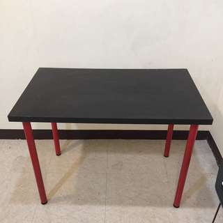IKEA 二手書桌