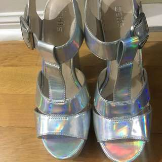 Betts metallic wedges