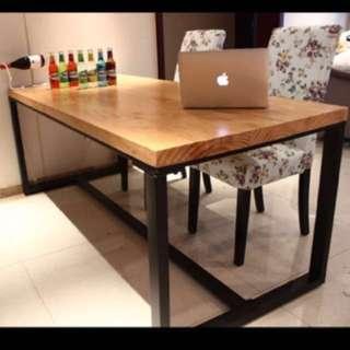 • Loft Iron Table