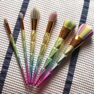 Rainbow Makeup Brushes in a Set of 6