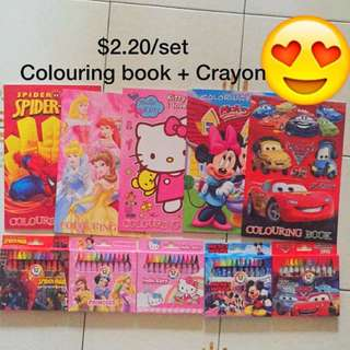 INSTOCK COLOURING SET (colouring book with crayon)/goodie bag