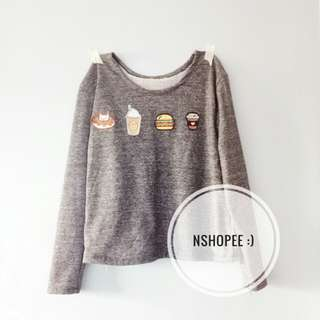 Sweatshirt with patches