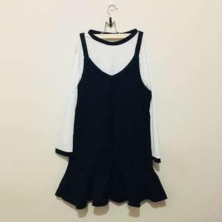 🚚 深藍色兩件式魚尾洋裝(全新)