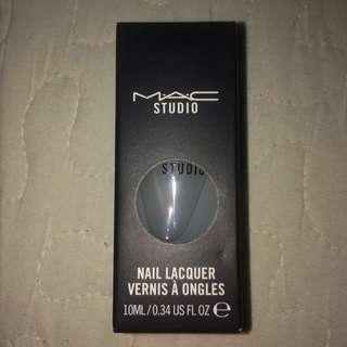 MATTE MAC Top Layer Nail Polish