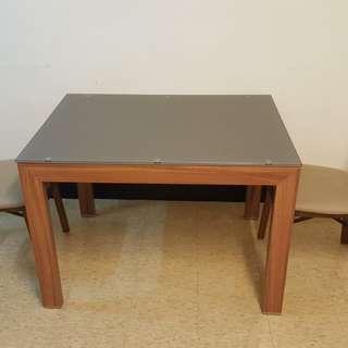 高質感時尚餐桌椅組