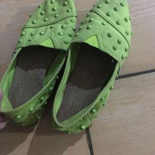 Sepatu toms original limited edition