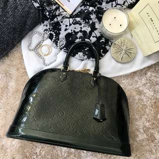 Preloved Louis Vuitton MM Alma size Vernis