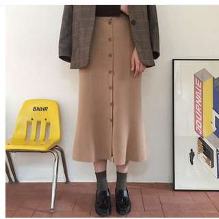 🚚 Room4排扣魚尾裙