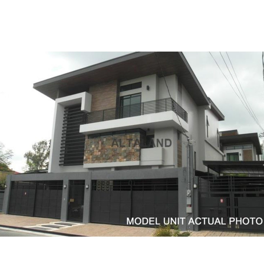 428SQM 5GARAGE EXCLUSIV SUBDIVISION Quezon City House and Lot For Sale