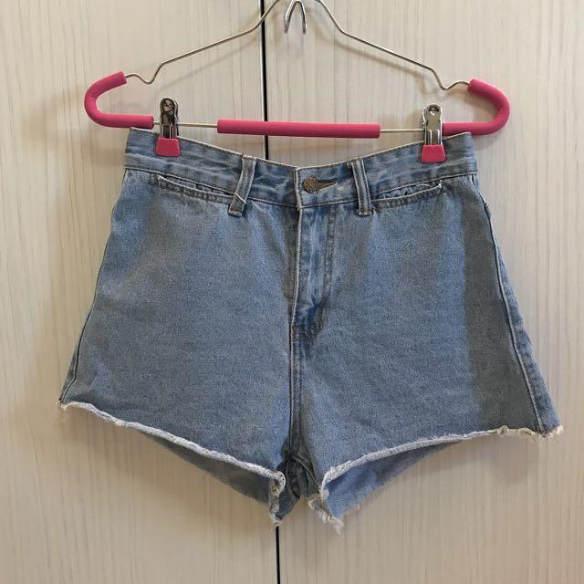 版型超好牛仔短褲(含運)