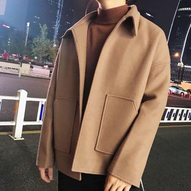 韓短版大口袋毛料大衣
