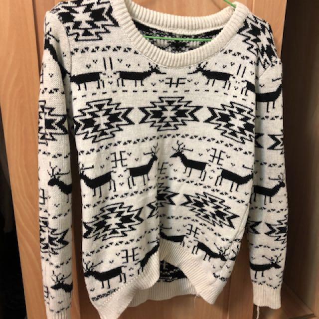米色麋鹿長版毛衣