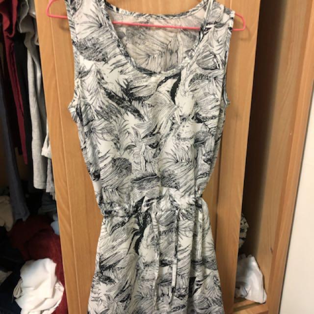 圖騰抽繩洋裝