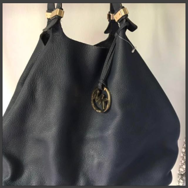 03d96262b4 💯 Authentic Michael Kors Colgate Leather Large Tote