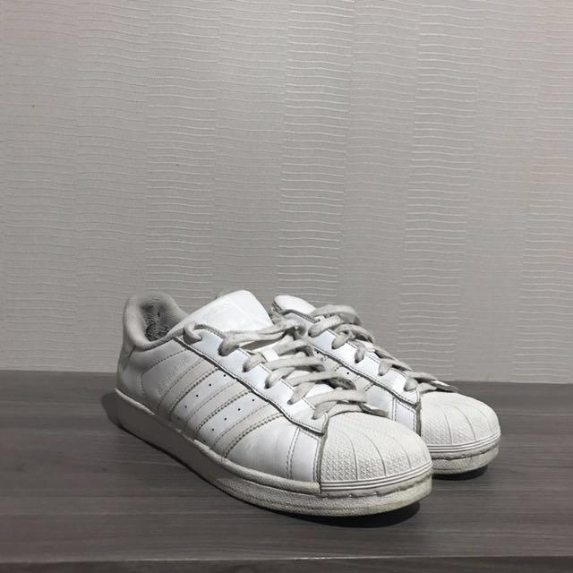 Adidas classics Size 40