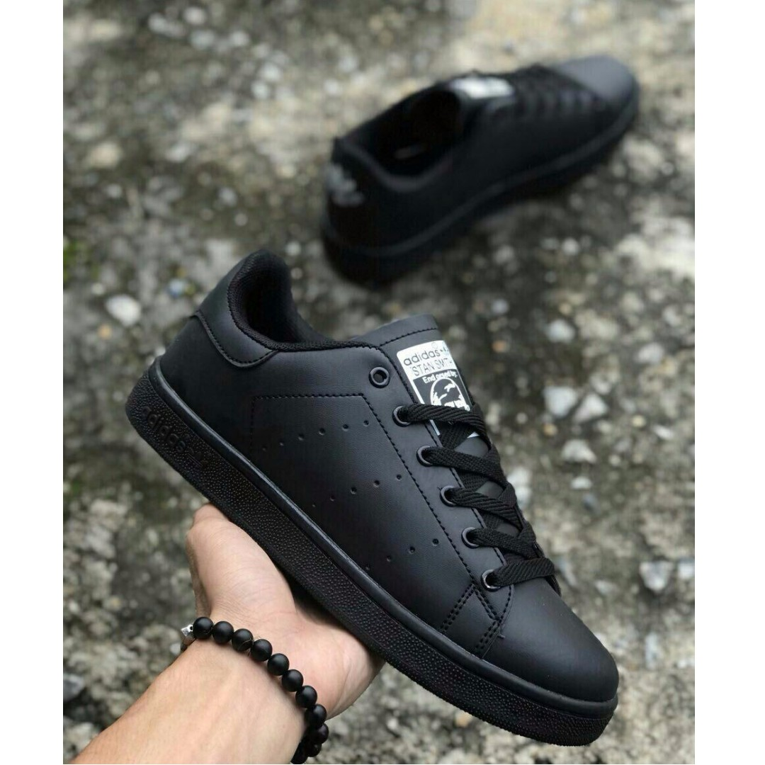 watch fc2f7 3a75f #Adidas Stan Smith All Black #Sneakers