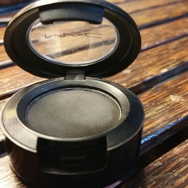 Authentic MAC coal Eyeshadow