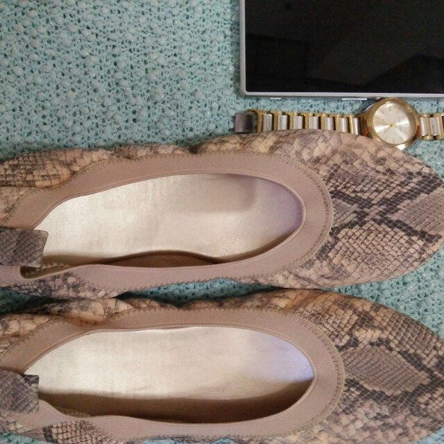 Ballet shoes size 9 - garterized so can fit size 8 also